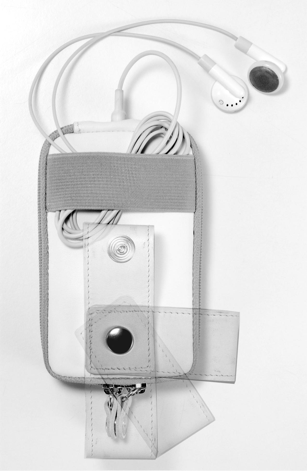 TUCANO Luxa - Etui iPod 5G (czarny)